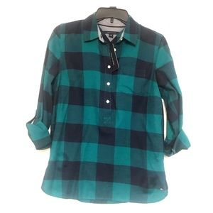 Tommy Hilfiger Plaid pullover top